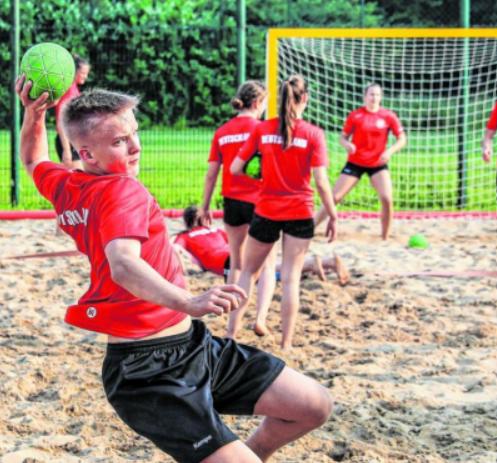Beachhandball: Fünf Bremer im Nationalteam